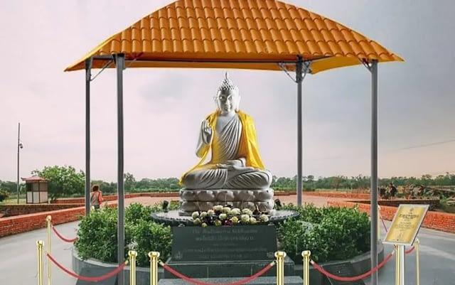 भैरहवा विमानस्थलमा राखिने एक हजार आठ सय केजी तौल भएको बुद्धमूर्ति कोलकत्ता आइपुग्यो