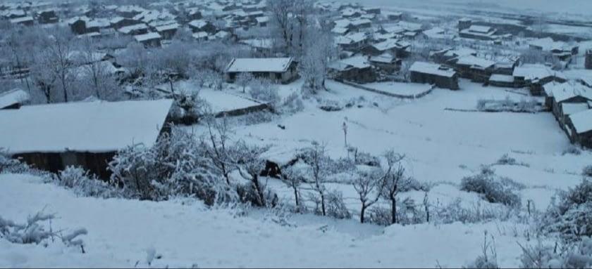 कृषकलाई राहत हुम्लामा हिमपात