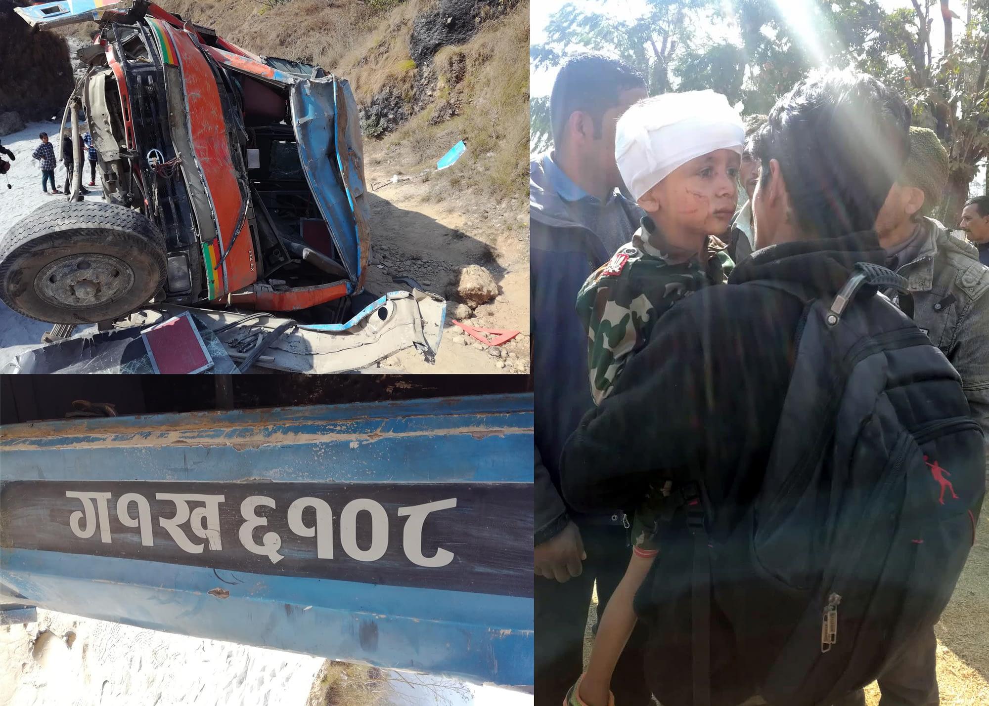 पर्वतमा बस दुर्घटना,७ जनाको मृत्यु, २० जनाभन्दा बढी गम्भिर घाईते